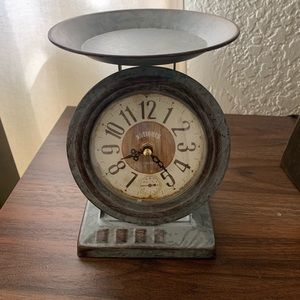 Awesome clock scale ! (Not a real scale)